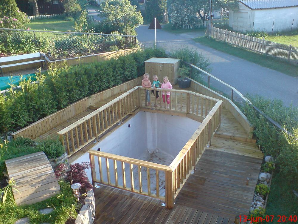 how to build a deck pond