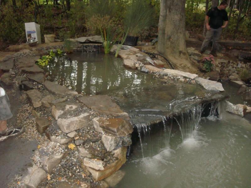 Natural Stone Waterfall Weir Edge