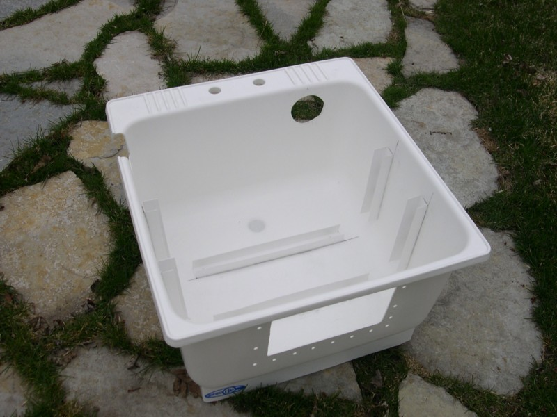 Diy pond skimmer box diy projects ideas for Homemade pond skimmer designs