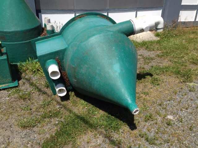 Vortex filters settlement chambers for Settlement tank for koi pond