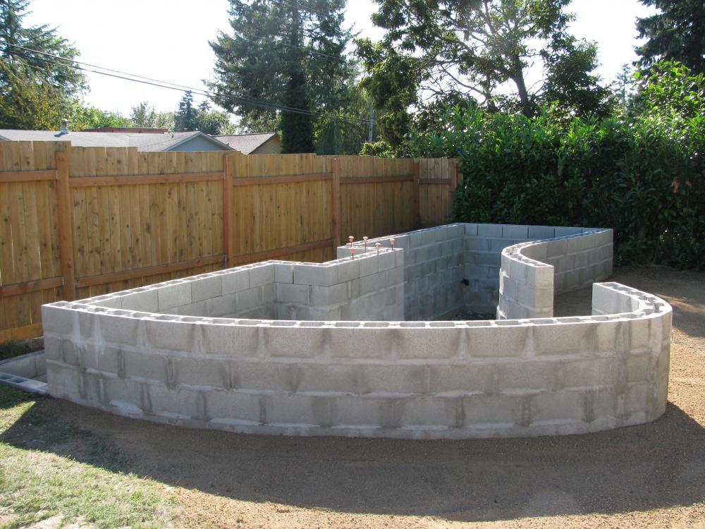 Making a rebar enforced cinder block pond wall for Cinder block pond